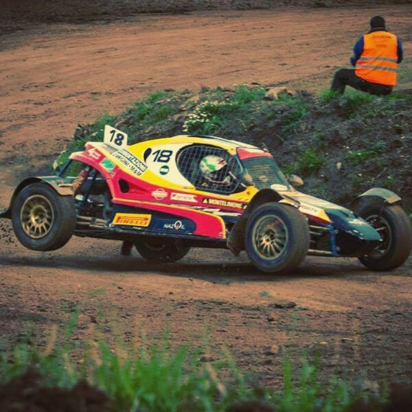 Week-end in pista per la Sassa roll-bar in quattro competizioni, dal rally al 4×4